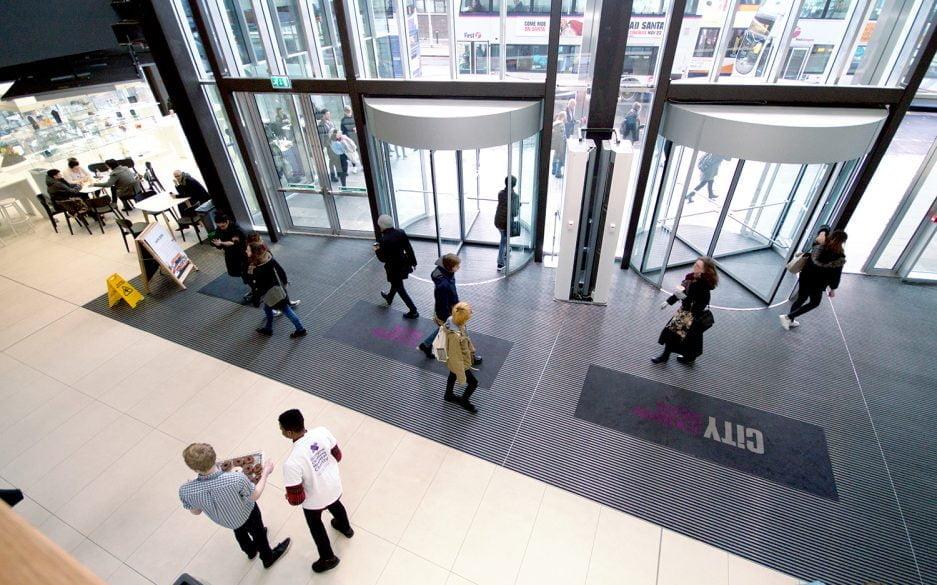 Plan.a college entrance matting