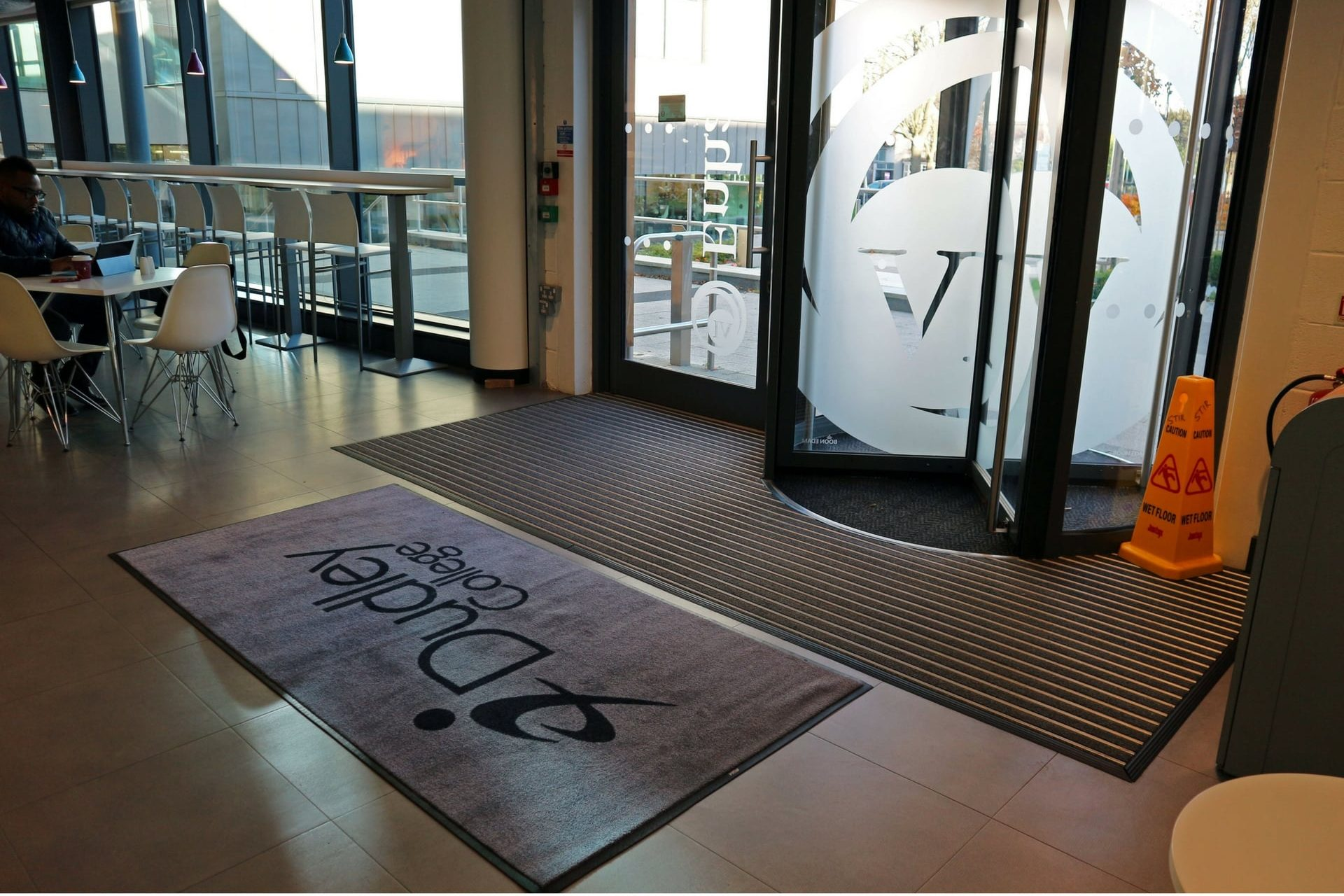 internal college entrance matting