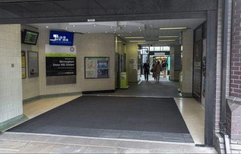 snow hill station entrance matting