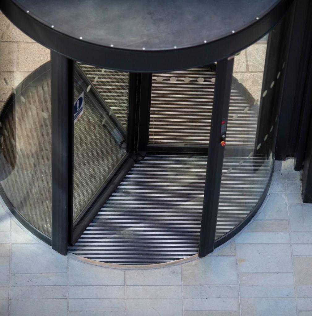 revolving door entrance matting